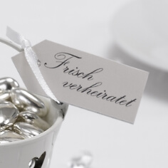 Geschenkanhänger Frisch verheiratet