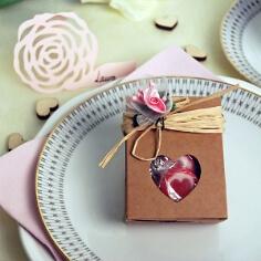 Gastgeschenk Tüte Herz, vintage, natur, Kraftpapier