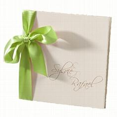 Hochzeitseinladung Sylvie mit grüner Schleife