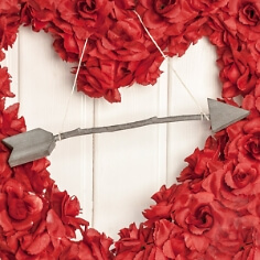 Amors Pfeil für die Hochzeitsdeko