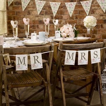Schilder Mr & Mrs im romantischen Design