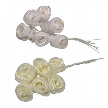Stoffblumen Röschen. weiß