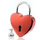 Rotes Liebesschloss in Herzform