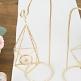 Kerzenhalter oder Vase in Gold zum Aufhängen