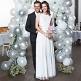 Brautpaar vor DIY Ballonbogen