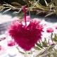 Federherz in Pink zur Hochzeitsdeko - Dekobeispiel