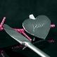 Pflaumen-farbige Deko-Klammern in Herzform - Dekobeispiel
