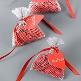Schild Herz mit Satinband, rot, 12 St. - kleines Schild als Deko-Accessoire