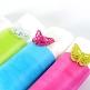 Fuchsia-farbiges Tischband aus Vlies zzur Hochzeitsdekoration - Dekobeispiel