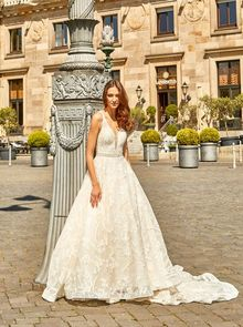 Novabella, wedding dress, Duchesse