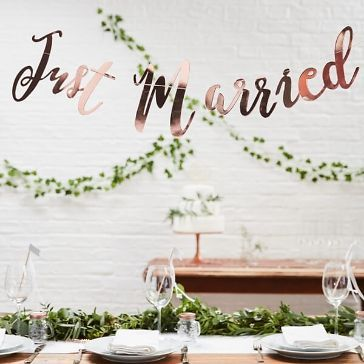 Girland Just Married Rosegold