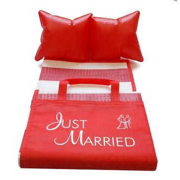 Rote Strandmatte Just Married
